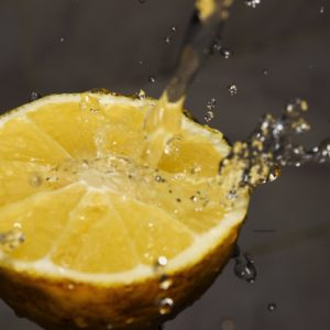 27 Handy Ways To Use Lemon Essential oil