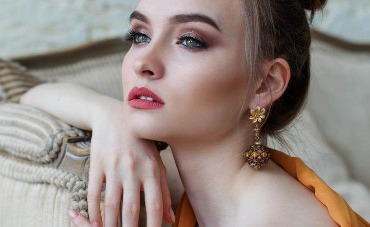 Makeup Tips For a Flawless Base Finish