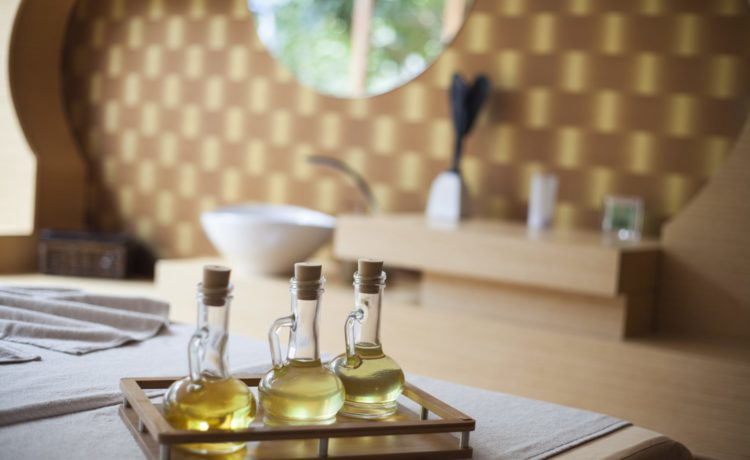17 Unexpected Sandalwood Oil Uses