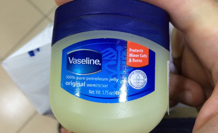 Top 29 Beauty Uses Of Vaseline