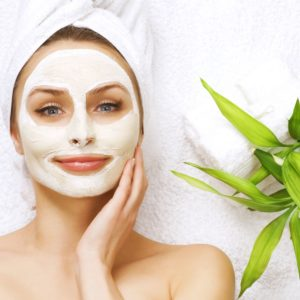 12 Outstanding Homemade Face Masks For Dry Skin