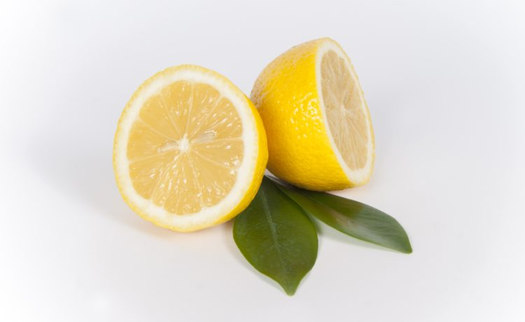 12 Outstanding Beauty Benefits Of Lemon