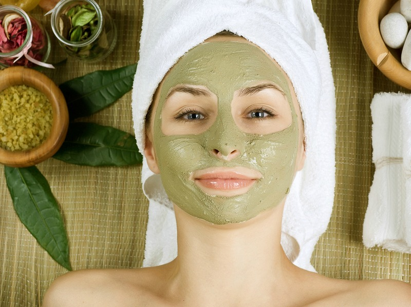 Top 10 homemade face masks for oily skin miss ambivert top 10 homemade face masks for oily skin solutioingenieria Images