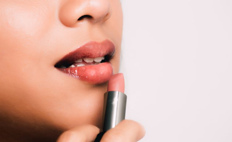 Top 10 Lipsticks For College or Office Wear Under INR 1000 Available In India (2018)