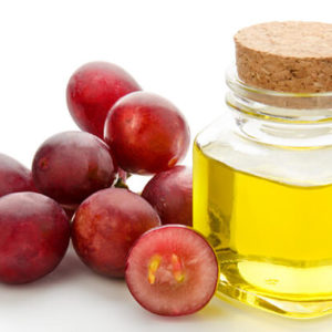 15 Outstanding Beauty Uses Of Grape Seed Oil For Skin And Hair