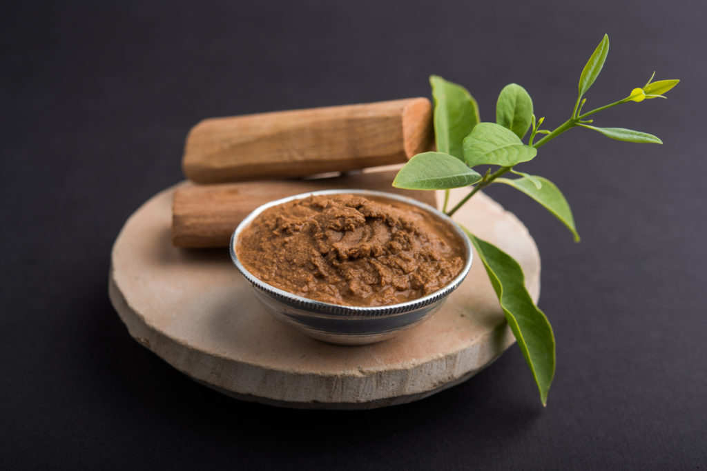 9 Best Beauty Benefits and Uses Of Sandalwood - Miss Ambivert