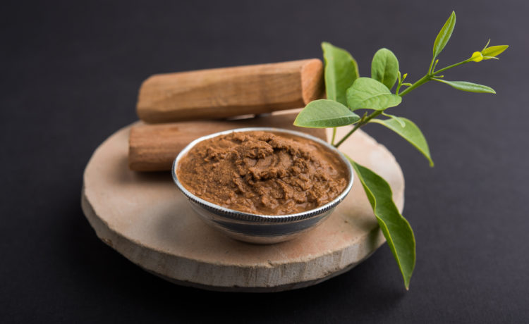9 Best Beauty Benefits and Uses Of Sandalwood