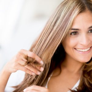 12 Excellent Natural Ways To Straighten Hair