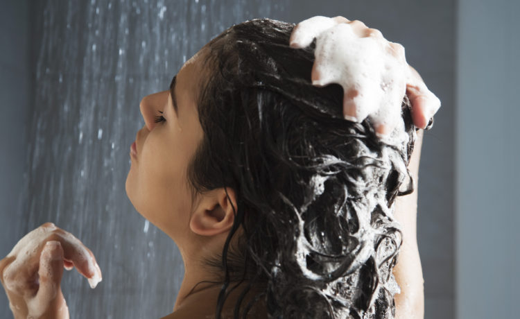 Best 10 SLS Free Shampoos Available in India (2020)